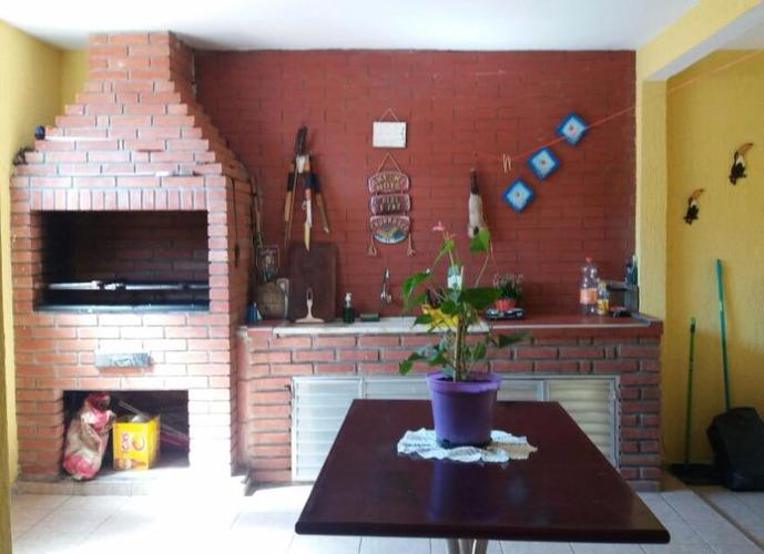 Sobrado 206 m², 4 dormitórios, 1 suíte, 2 vagas, Cidade das Flores, Osasco.