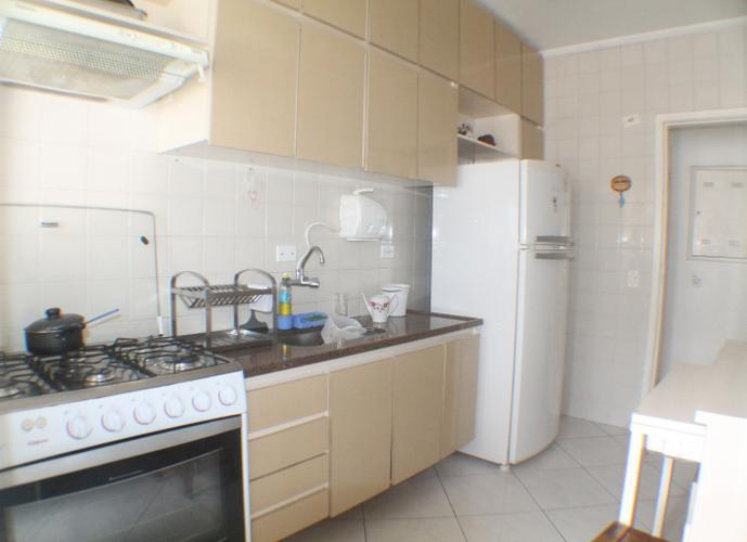 Apartamento 2 dormitórios à venda, Vila Belmiro, Santos.