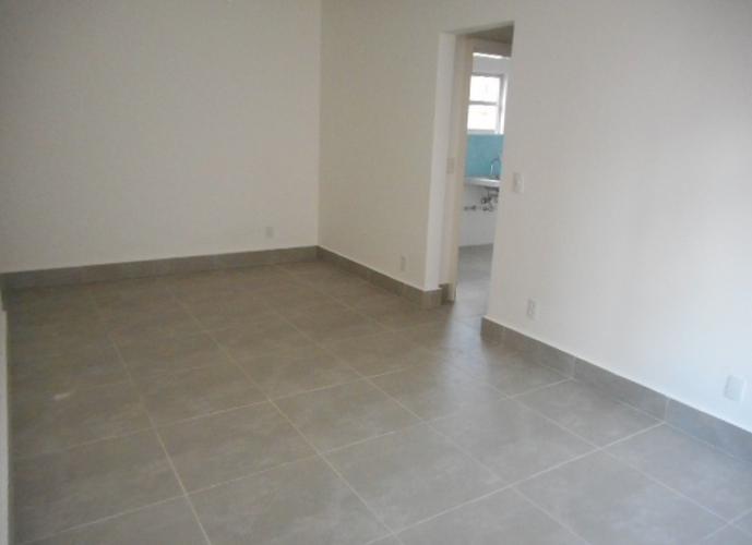 Apartamento com 2 dormitorios para venda em Embaré Santos
