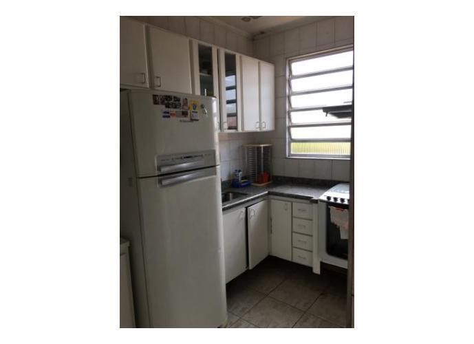Apartamento com 2 dormitórios a venda em Boqueirão, Santos.