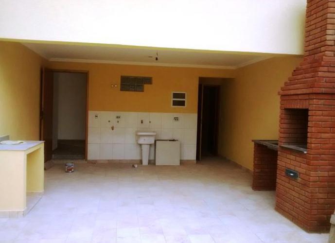 Sobrado para Venda em São Paulo, Vila dos Remédios, 3 dormitórios, 3 suítes, 5 banheiros, 4 vagas