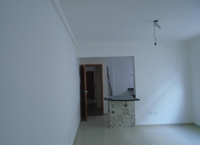 Apartamento 1 Dormitório- Novo- Vazio- Garagem-  Boqueirão