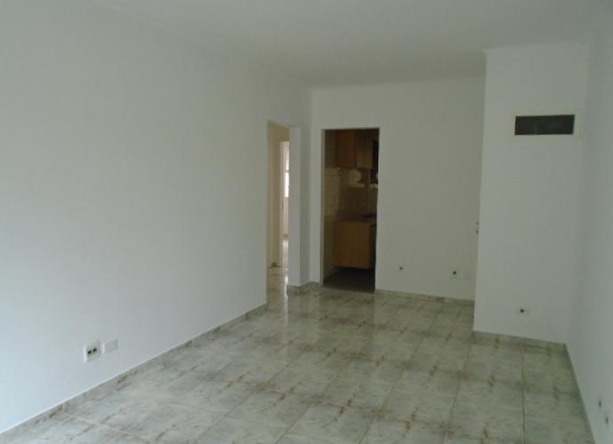 Apartamento 2 Dormitórios- Vazio -  Canal 1 - José Menino