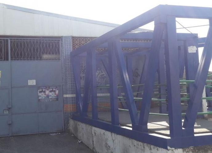 Galpão em Vila São Luís/RJ de 225m² a venda por R$ 450.000,00