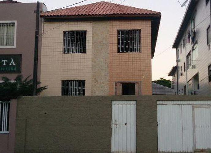 EXCELENTE sobrado para alugar na Encruzilhada, Santos.