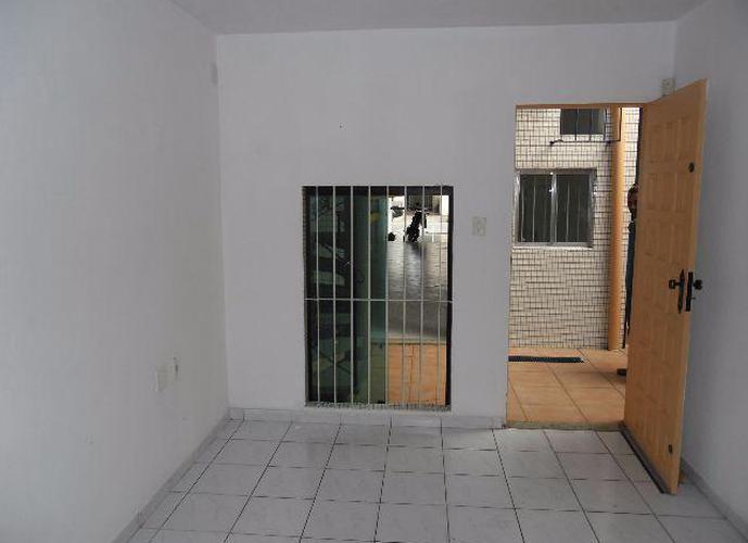 Loja em Vila Matias/SP de 100m² para locação R$ 4.400,00/mes