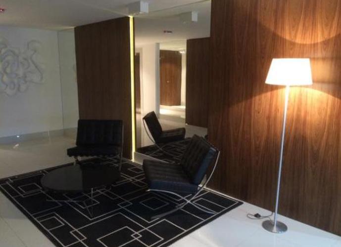 MARAVILHOSO apartamento para locação ou compra, no coração do Gonzaga, Santos.