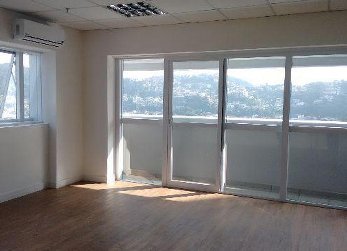 Manhattan Office Santos