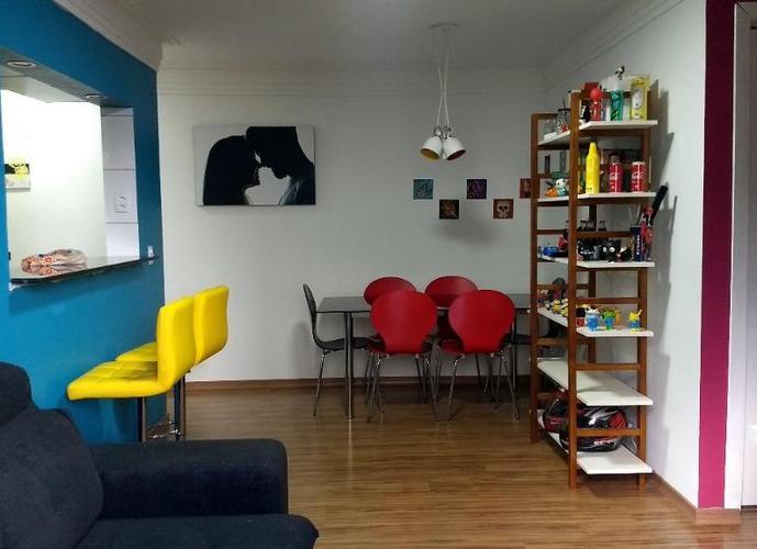 Apartamento reformado, na Cidade das Flores, Osasco.