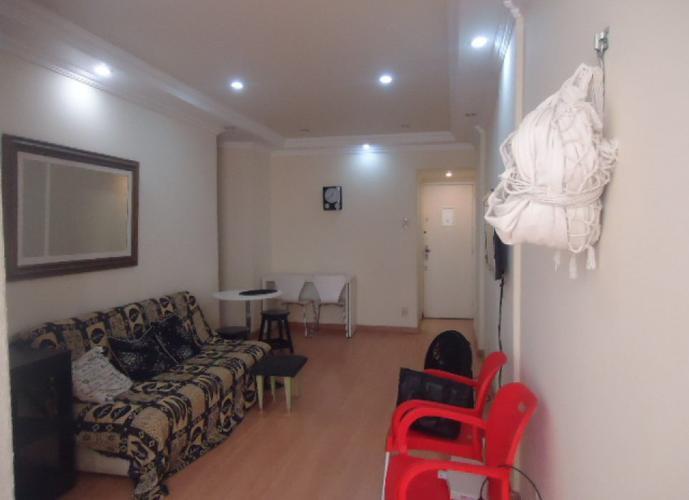 Apartamento em Copacabana, 2 quartos- locação
