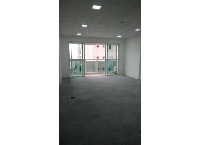 Sala em Vila Mathias/SP de 40m² a venda por R$ 239.000,00