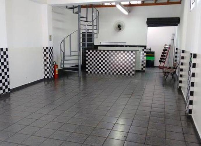 Excelente Salão na Rua Paraiba