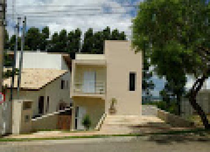 Sobrado em Pitas/SP de 250m² 3 quartos a venda por R$ 680.000,00