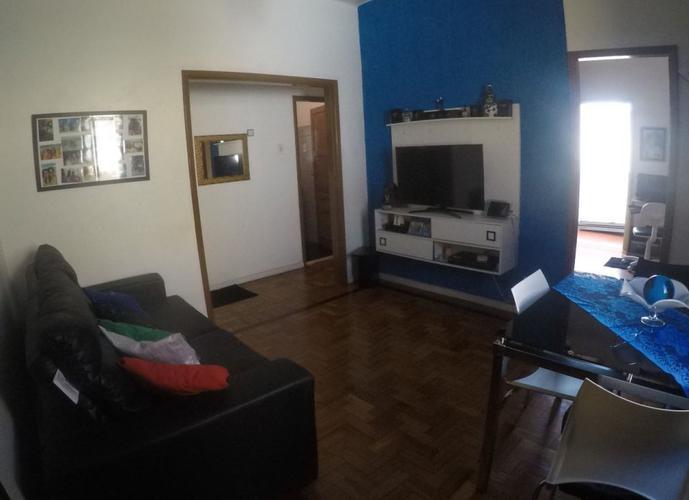 Espetacular apartamento reformado - dois quartos