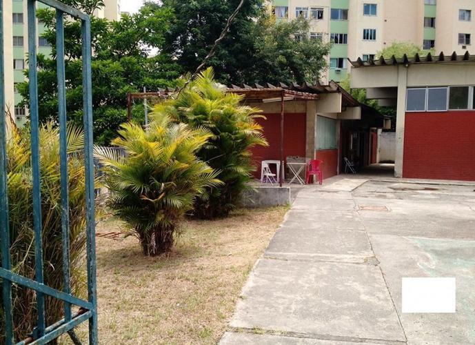 Apartamento dois quartos - reformado