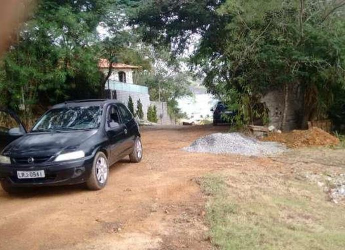 Terreno em Ferradura/RJ de 1400m² a venda por R$ 450.000,00
