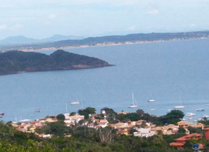 Terreno em João Fernandes com vista maravilhosa