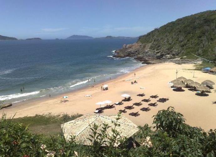 Lindo terreno em condominio frente mar,praia das Caravelas