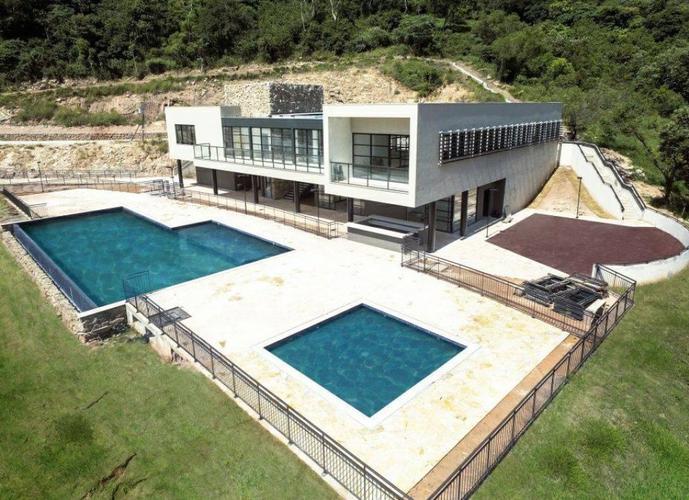 Condomínio Club no  Altavis  na Aldeia da Serra,  lotes a partir de 420 metros!