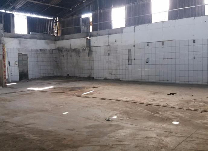 Galpão industrial à venda, Granja Viana, Carapicuíba.