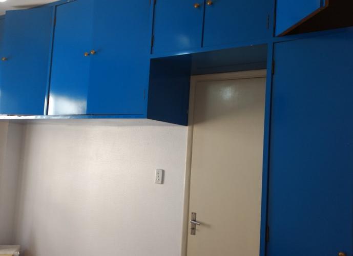 otimo apartamento de 1 dormitorio, na P.da Praia, 1/2 quadra da praia, elevador, vaga