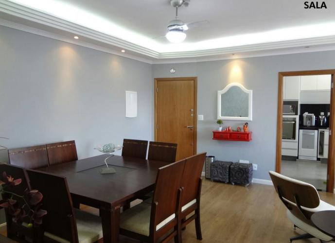 Venda com troca, apartamento de 3 dormitórios,lindo,garagem fechada, reformadíssimo.aceita apto menor valor