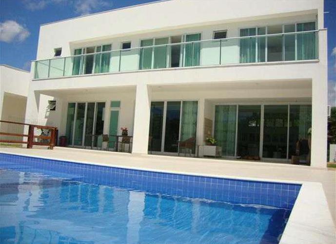 Sobrado em Vila de Abrantes/BA de 600m² 4 quartos a venda por R$ 1.650.000,00
