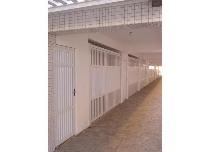 Sobrado em Gonzaga/SP de 73m² 2 quartos a venda por R$ 510.000,00
