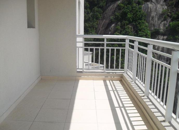 Cobertura em Marapé/SP de 301m² 4 quartos a venda por R$ 1.400.000,00
