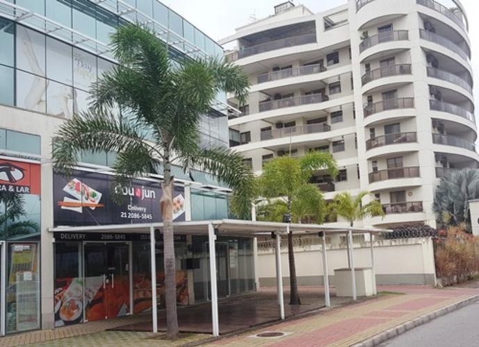 Loja em Recreio dos Bandeirantes/RJ de 64m² para locação R$ 3.000,00/mes
