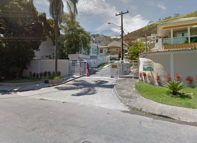 Terreno em Taquara/RJ de 370m² a venda por R$ 185.000,00