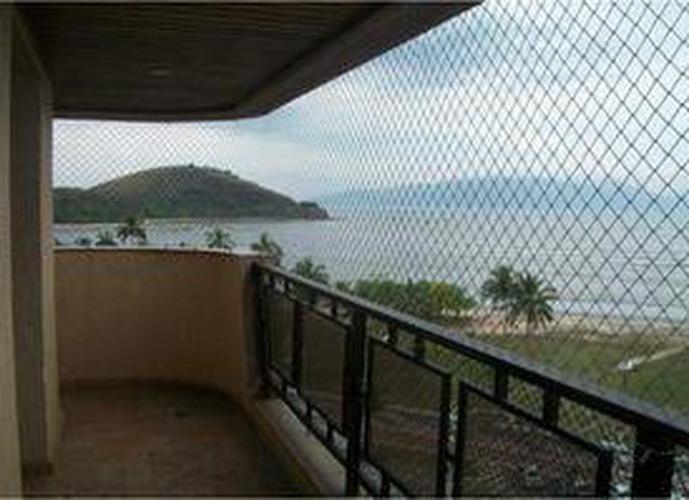 lindo apartamento predio reformado excelente localizaçao com vista mar
