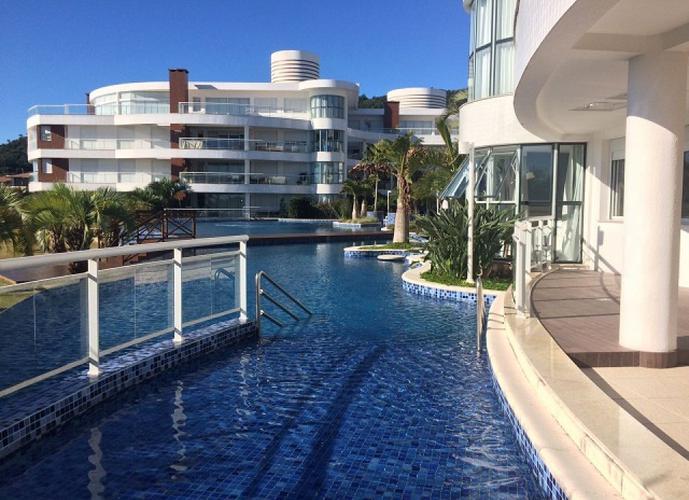 Apartamento em Cachoeira do Bom Jesus/SC de 224m² 4 quartos a venda por R$ 2.500.000,00