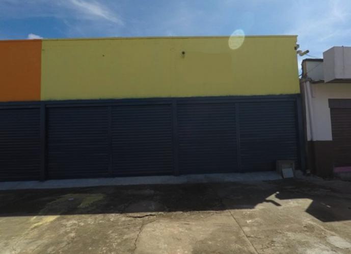 Sala Comercial com 100 m² localizada na rua Imperial contra esquina com Avenida Mangalô Setor Morada do Sol.