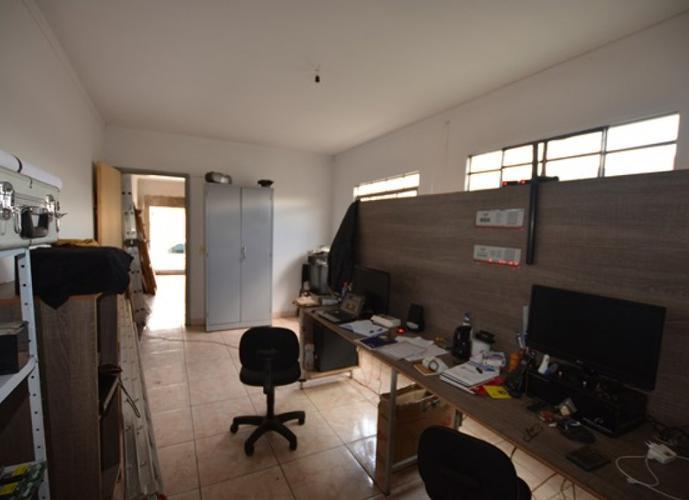 Imóvel Comercial em Setor Campinas/GO de 414m² 2 quartos a venda por R$ 370.000,00