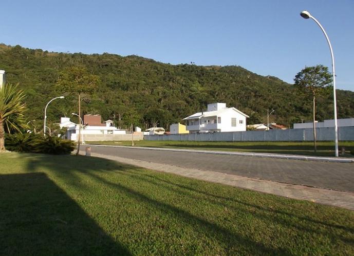 Terreno em Cachoeira do Bom Jesus/SC de 550m² a venda por R$ 390.000,00