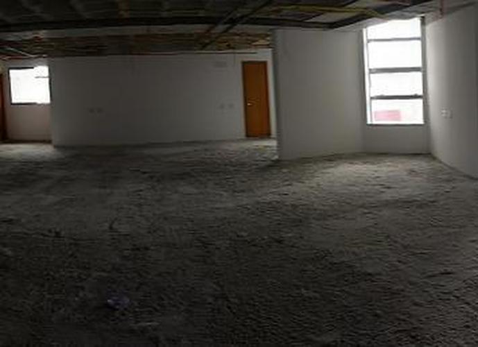 Sala em Caminho Das Árvores/BA de 205m² para locação R$ 9.588,00/mes