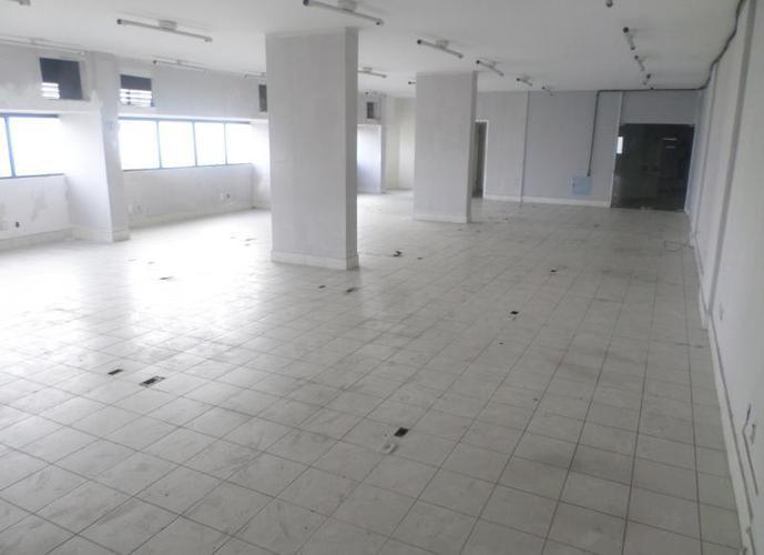 Sala em Caminho Das Árvores/BA de 211m² para locação R$ 5.789,00/mes