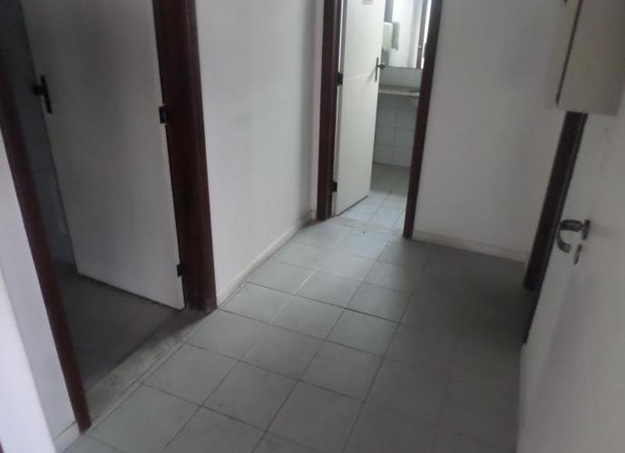 Sala em Caminho Das Árvores/BA de m² para locação R$ 5.752,00/mes