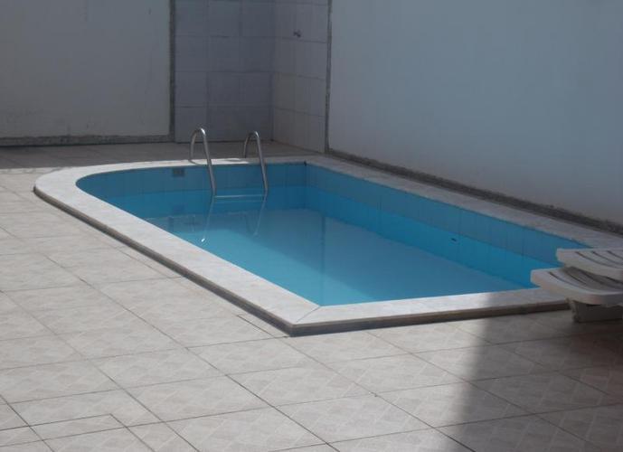 Apartamento para Locação em Lauro de Freitas, Centro, 1 dormitório, 1 banheiro, 1 vaga