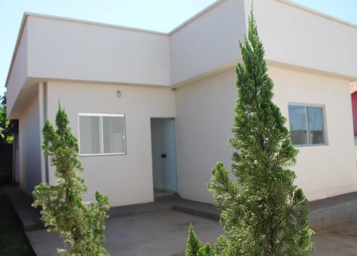 Casa 3 quartos, Na laje, 75,00m² Maysa - Trindade-Go