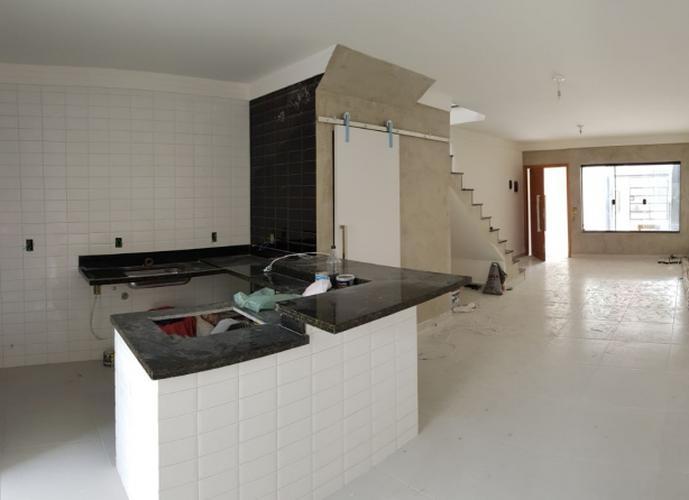 Sobrado em Vila Carrão/SP de 130m² 3 quartos a venda por R$ 580.000,00