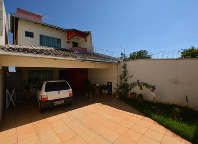 Sobrado em Jardim Presidente/GO de 225m² 3 quartos a venda por R$ 360.000,00