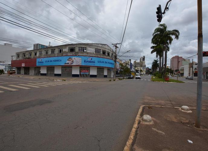 Salão em Setor Aeroporto/GO de 600m² para locação R$ 5.000,00/mes