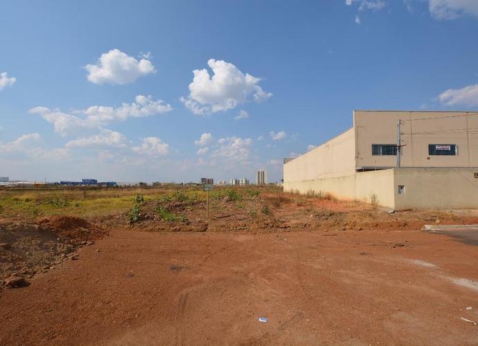 Área em Parque Oeste Industrial/GO de 813m² a venda por R$ 490.000,00