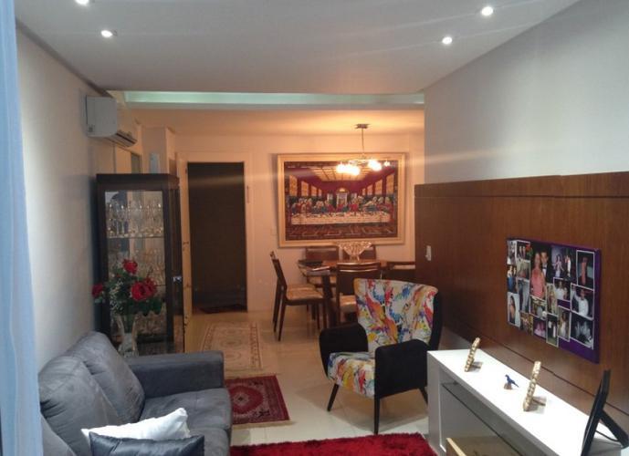 Apartamento a Venda no bairro Praia de Itapoã em Vila Velha - ES. 4 banheiros, 4 dormitórios, 2 suítes, 3 vagas na garagem, 1 cozinha,  área de serviç