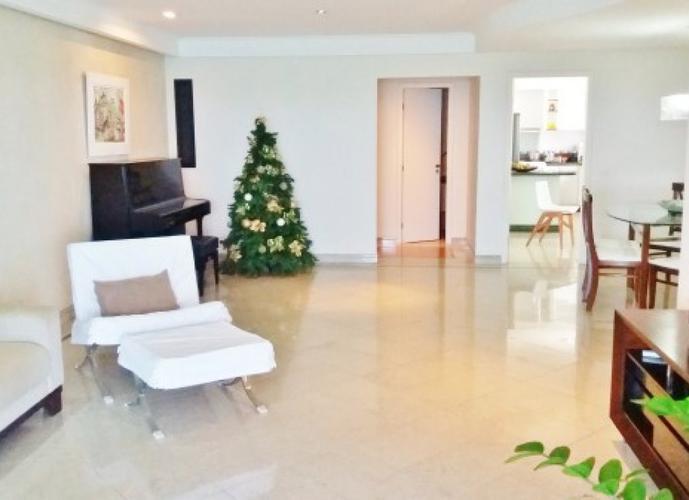 Apartamento a Venda no bairro Praia de Itaparica em Vila Velha - ES. 5 banheiros, 4 dormitórios, 3 suítes, 2 vagas na garagem, 1 cozinha,  área de ser