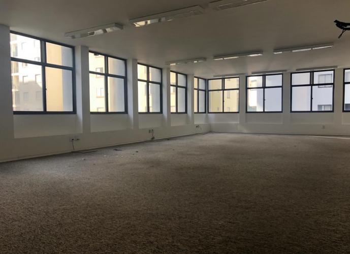 1/2 andar - 240 m² - 7 salas