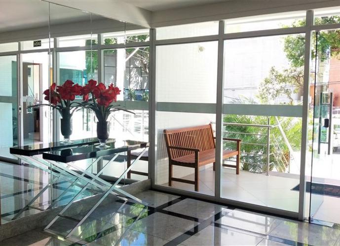 Apartamento a Venda no bairro Praia da Costa em Vila Velha - ES. 2 banheiros, 2 dormitórios, 1 suíte, 2 vagas na garagem, 1 cozinha,  área de serviço,