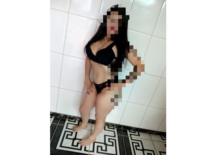 Novinha iniciante $80,00 meia hora com local na Vila Santana.